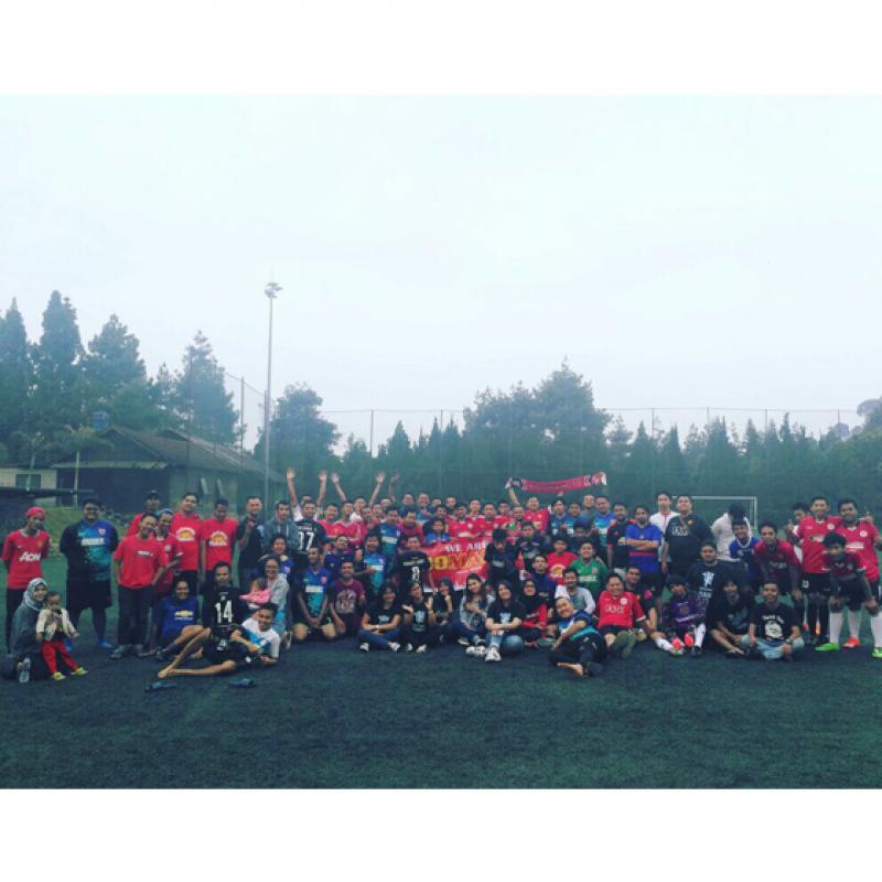 Mojang Geulis Bandung Ramaikan Fun Football Komunitas Indomanutd